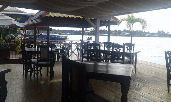 El Limbo on the Sea Hotel: Lugar para desayunar, comer, estar