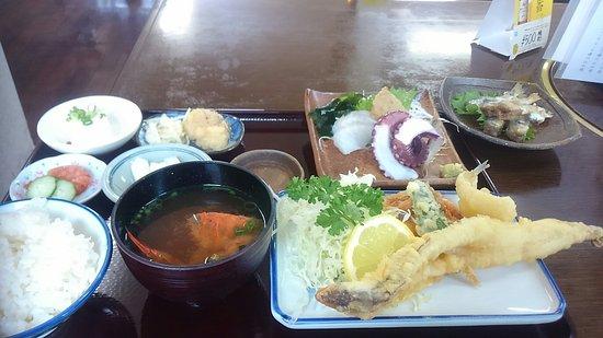 Bizen, ญี่ปุ่น: 穴子てんぷら定食