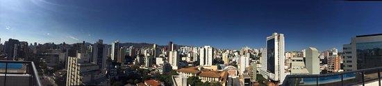 Boulevard Plaza Hotel Belo Horizonte: Vista da cobertura (piscina)