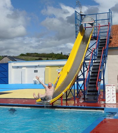 Stonehaven Open Air Swimming Pool: The chute is not only for kids!