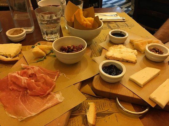 Salsamenteria di Parma: photo0.jpg