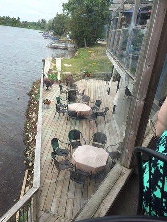 Puslinch, Kanada: Lower deck