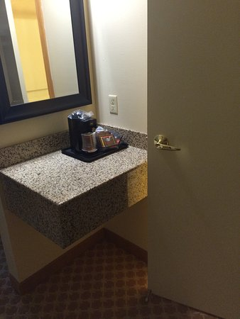 Country Inn & Suites by Radisson, Holland, MI : photo1.jpg