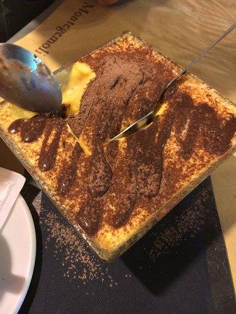 Osteria dell' ultimo carbonaio: Heerlijk gegeten. Alleen jammer dat de Tiramisu net wat teveel was na een voorgerecht, een primi