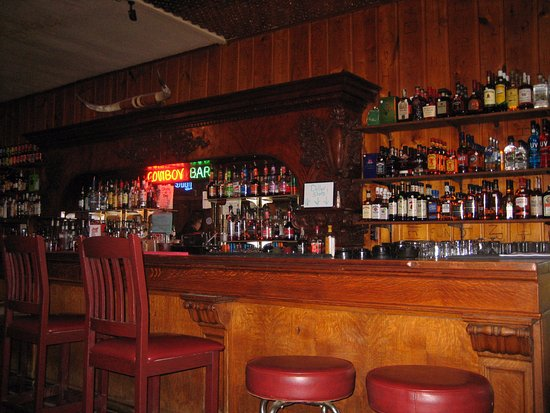 Meeteetse, Wyoming: The Cowboy Bar