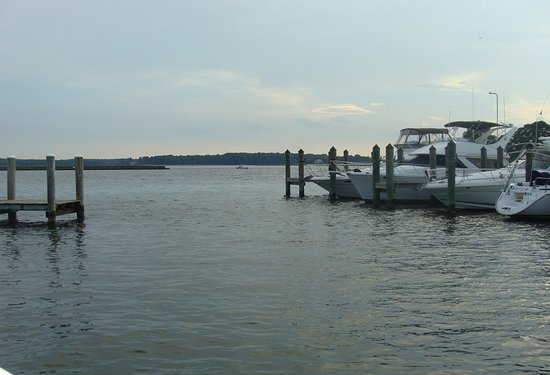 Grasonville, MD: View from one side of the crab deck
