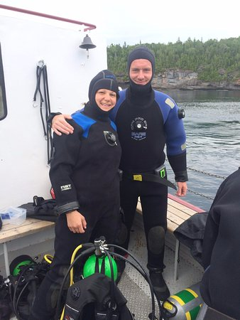Divers Den : Preparing to dive the Niagara
