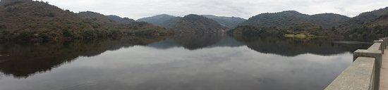 Rio Ceballos, Argentinien: Lago formado por el dique