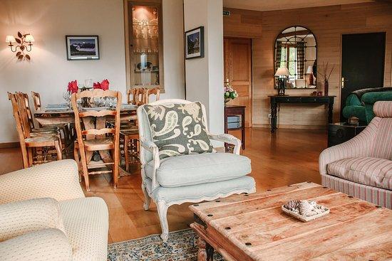 Vaujany, Frankrijk: West Lounge and dining