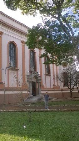 Arapongas, PR: Igreja Matriz Santuario N. Sra. Aparecida