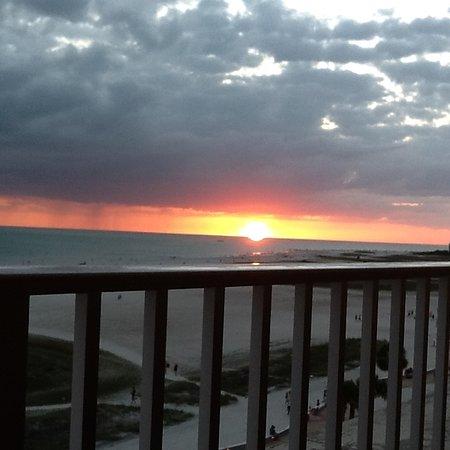 Bilmar Beach Resort: Watching the sunset from my balcony!