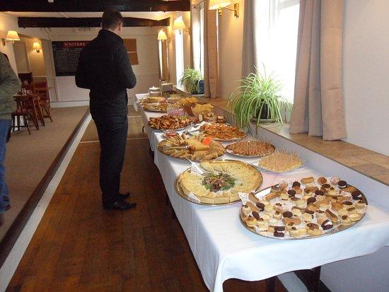 Charlton Kings, UK: Mid range cold buffet.