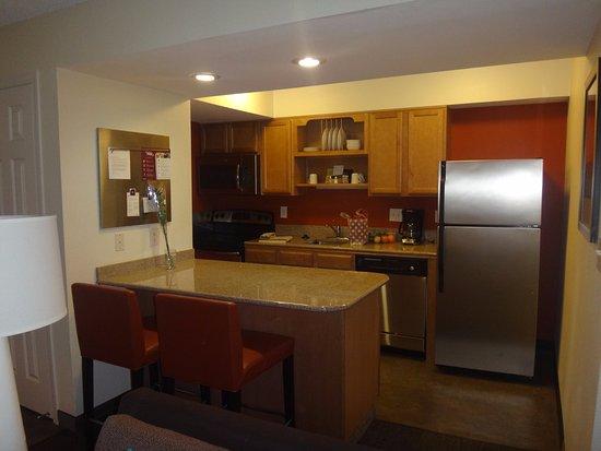 Residence Inn Seattle Bellevue: Cocina