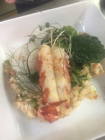 Riverside Farm Market and Cafe: lobster risotto w/ local peas & black radishes