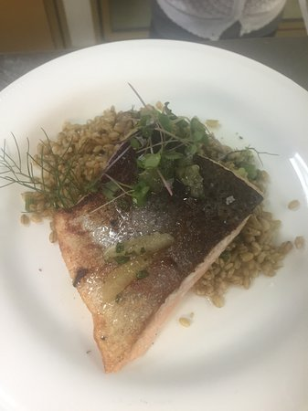 ‪‪Oakland‬, ‪Maine‬: butter poached salmon w/  barley & charred fennel‬