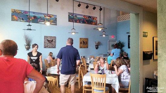 Satellite Coffee Shop: Main dining area