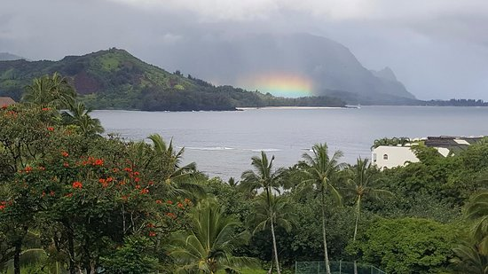 Hanalei Bay Resort: Spectacular Rainbow Lights one morning from our room
