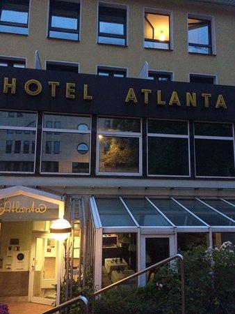 Atlanta Hotel Central: Framsidan