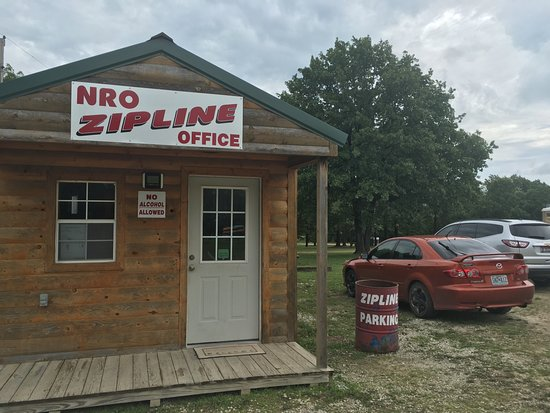 Lebanon, MO: Office