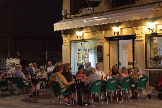 Almoradi, İspanya: Lovely terrace