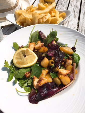 Sandgate, UK: octopus salad, (chefs recommendation) just like in spain