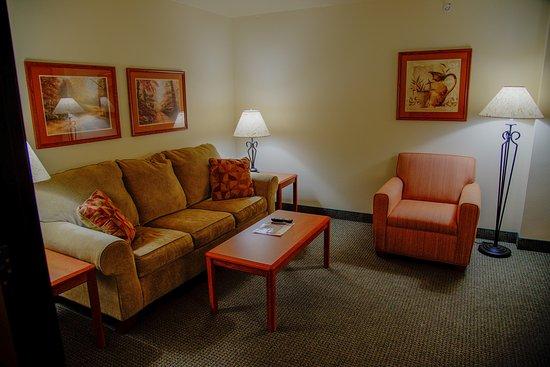 Havre, MT: Living room suite