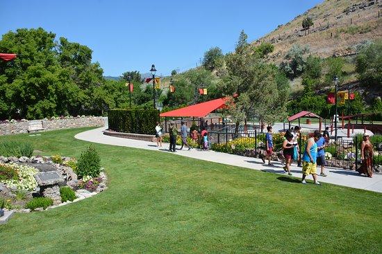 Lava Hot Springs, Idaho: More landscaping