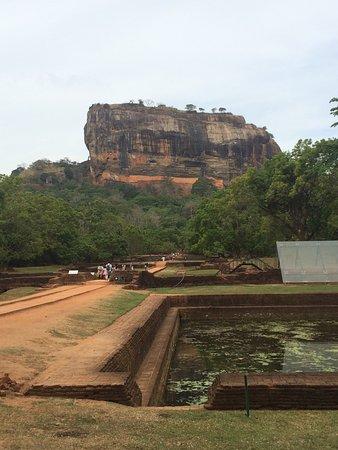 Benteng Sigiriya - Batu Singa: photo1.jpg