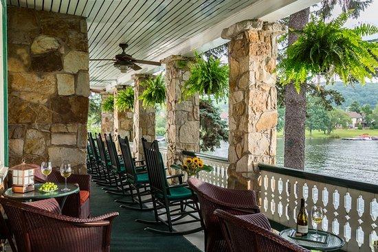 Lake Pointe Inn's Porch