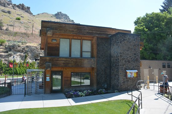 Lava Hot Springs, Idaho: Entrance