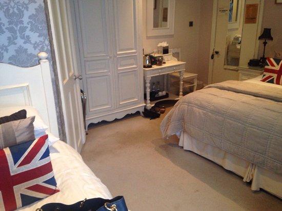 Shelbourne House: photo2.jpg