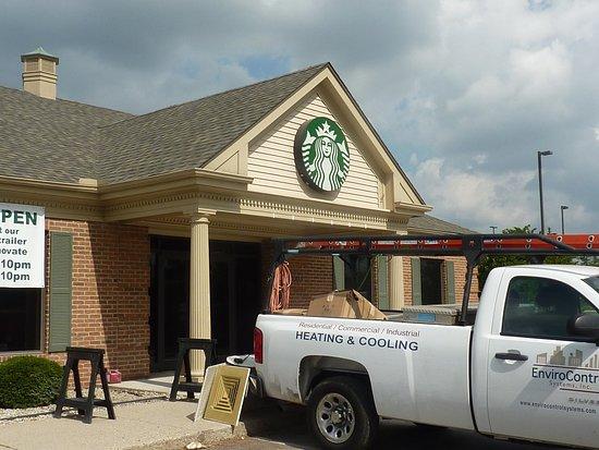 Centerville, Ohio: Starbucks_ Coffee Trailer  open