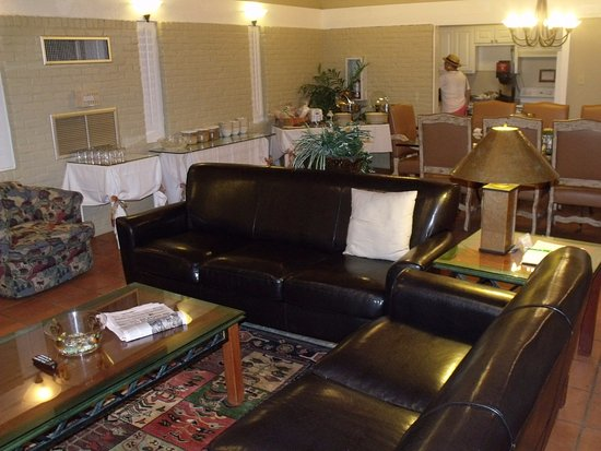 The Quarters at Hardin House : lounge area 1