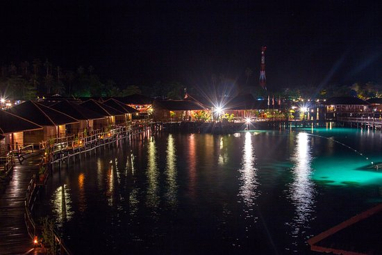 Sipadan Water Village : SWV is beautiful in the morning, afternoon, evening and at night.