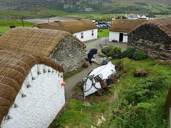 Foto de Glencolmcille Folk Village