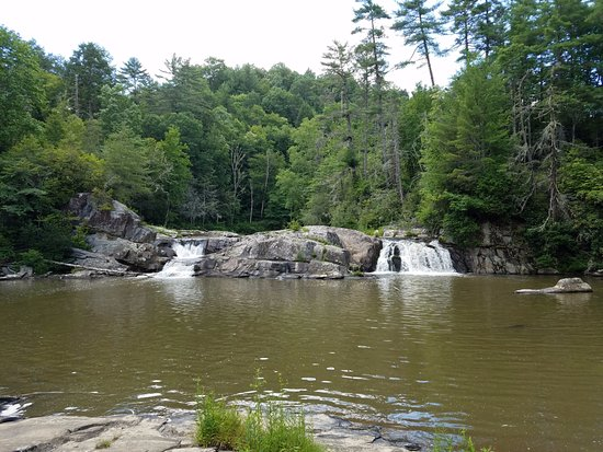 Linville Falls, NC: Some of the falls