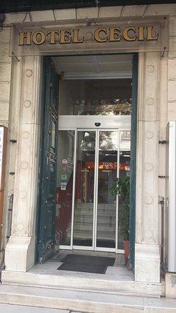Cecil Hotel: Front door