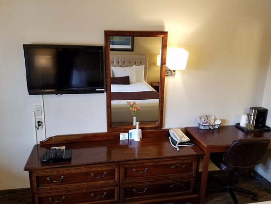 Lone Oak Lodge: In Room Amenities