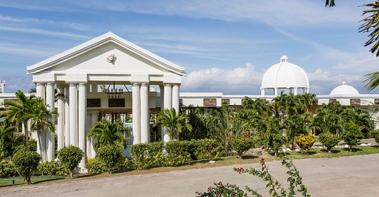 Grand Palladium Lady Hamilton Resort & Spa Hotel