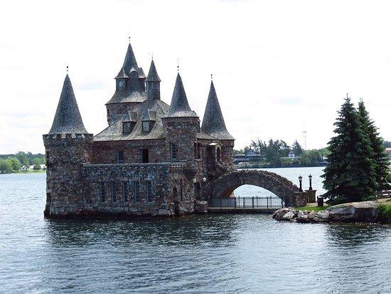 Gananoque, Kanada: Castelo construído na ilha.