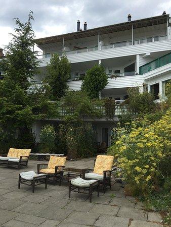Sooke Harbour House: photo1.jpg