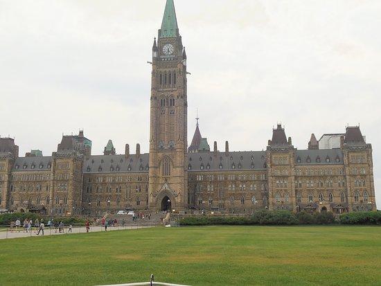ออตตาวา, แคนาดา: Parlamento