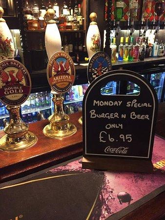 Glossop, UK: mid week special
