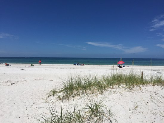 Wicker Inn Beach Resort Foto