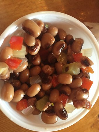 Edley's Bar B Que: The black eyed peas salad is amazing!!