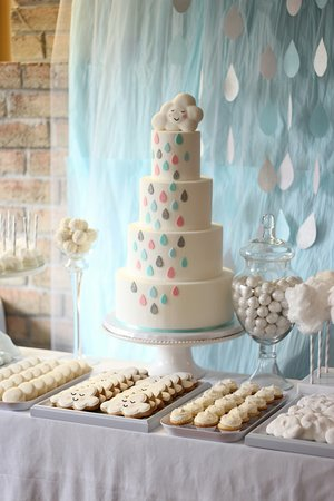 Simply Frosted Cupcakery: Cloud Baby Shower Sweet Table!