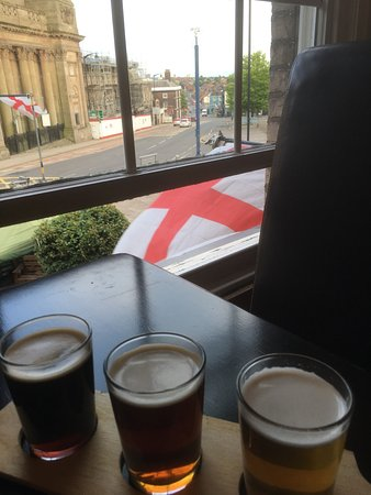 Burslem, UK: Good beer and friendly staff combine with a lovely location to make the bursley ale house well w