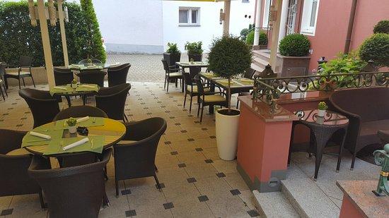 Gottenheim, Tyskland: Gasthaus-Restaurant Zur Krone