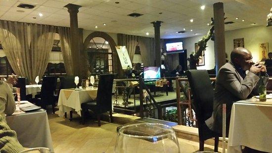 Kubata Restaurant: 20160727_202950_large.jpg