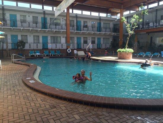 Perry's Ocean Edge Resort: The indoor pool was so refreshing!